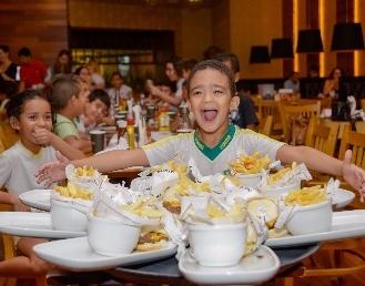 Comer é uma diversão nesse Dia das Crianças